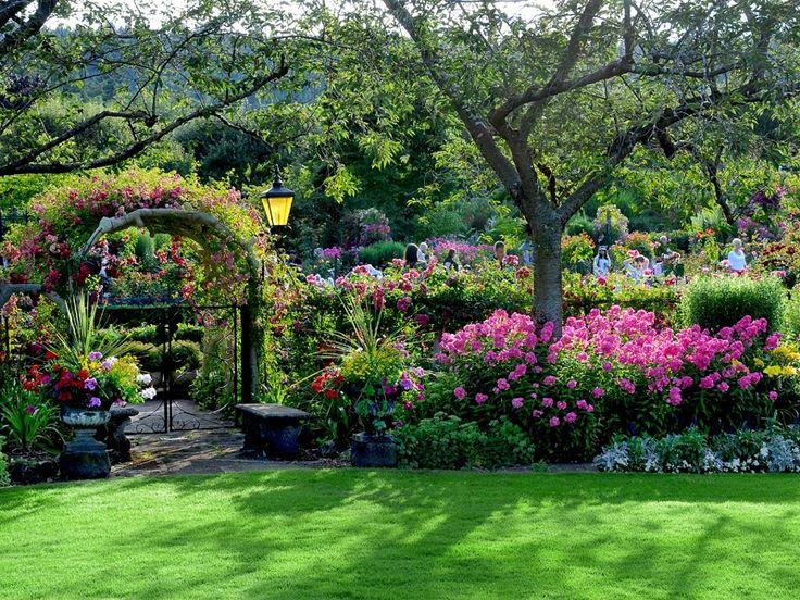185 best Butchart Gardens images on Pinterest | Beautiful ...