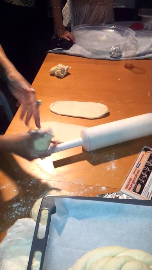 Different shapes of bread. Vari forme di pane