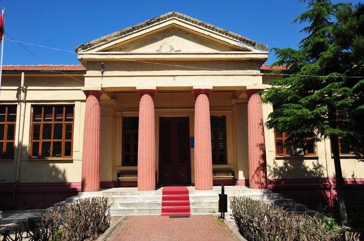 İstiklal İlkokulu .. namı diğer; Rum Kız Sıbyan Okulu (1904 yılı inşaası) Çanakkale