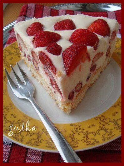 Десерт з ягодами
