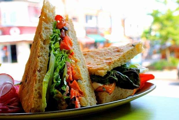 Probably The Best Vegan Restaurants In Toronto | Narcity Toronto
