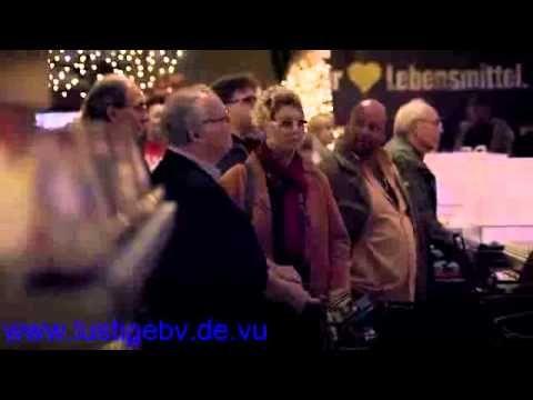 Download Video   Lustige Facebook Whatsapp Videos Weihnachten Bei Edeka