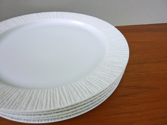 5 Arcta dinner plates by Richard Scharrer for by Vintagescapes