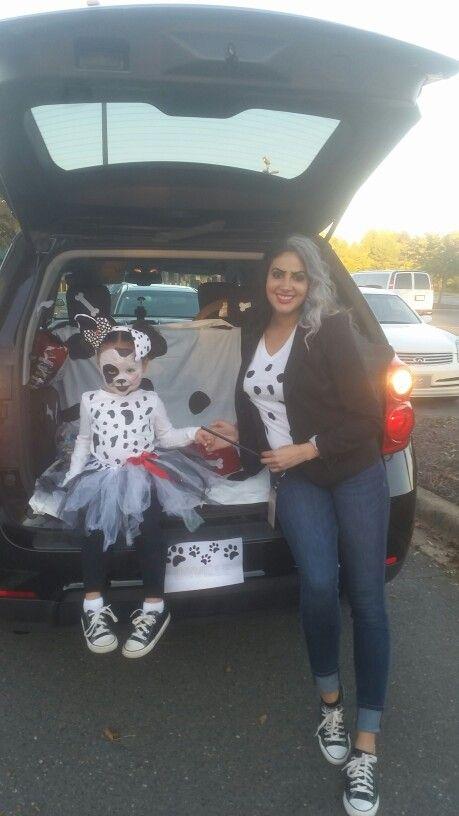 Mom and daughter costumes Cruella DeVille and 101 Dalmatians for Trunk or Treat