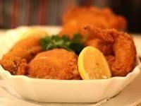 Wiener Backhendl Recipe (Austrian breaded fried chicken) | Austria | Whats4Eats