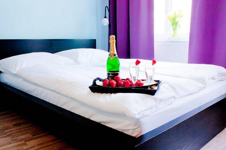 £31 per night Apartment in Prague, Czech Republic. Located close to the subway and tram.