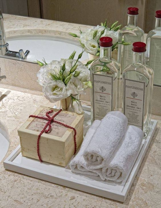 I adore staying in beautiful hotel suites with luxurious bathrooms!