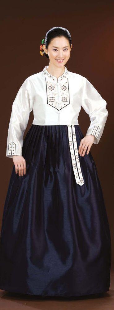 Korean traditional dress(HANBOK) wear wedding, reception, birthday party, prom, graduation, ball, halloween, occassion day. She wear korean jacket(jeogori), skirt(chi-ma)