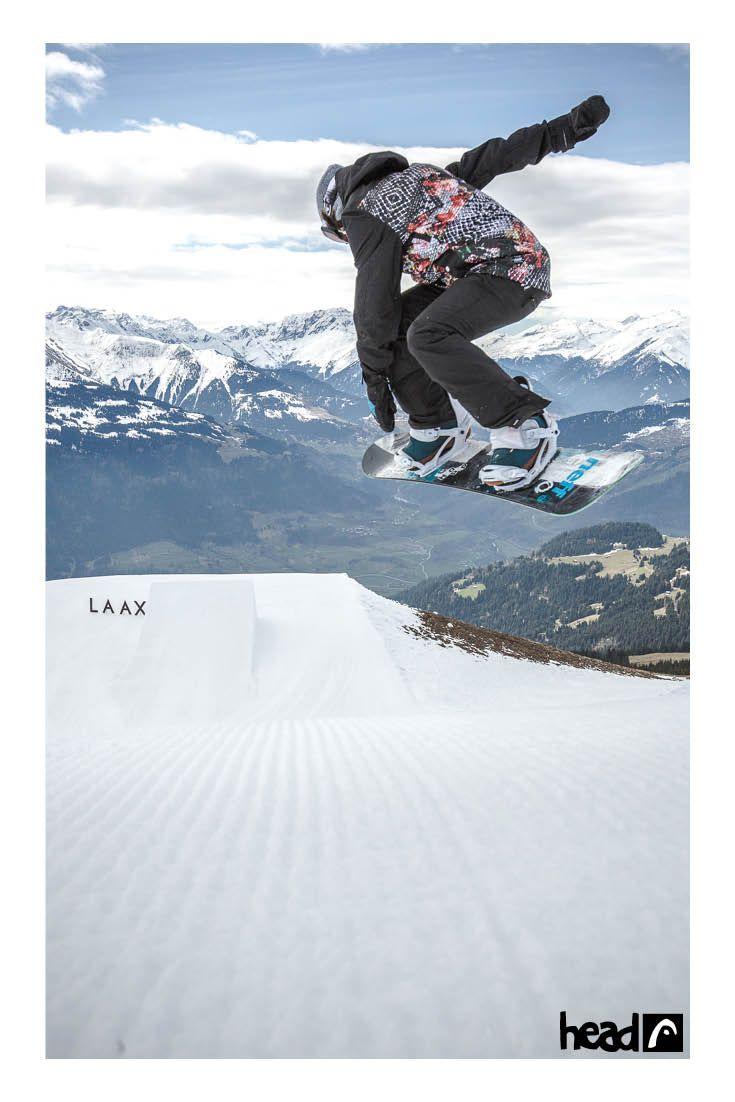 ready for the next run //Sina Candrian //Laax //ridehead //head snowboards