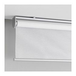 El estor no lleva cuerdas para la seguridad de los niños. Filtra la luz y reduce los reflejos en el TV y la pantalla del ordenador. Se puede montar en el interior o exterior del marco de una ventana o en el techo. El estor se enrolla lenta y silenciosamente gracias a la función de cierre suave.