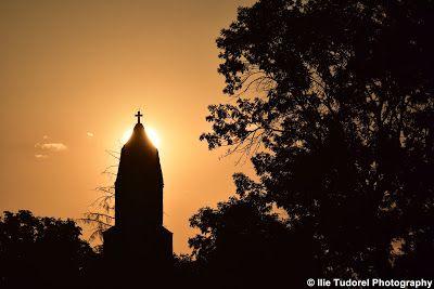 TUDOR  PHOTO  BLOG: Biserica Densus in lumina diminetii-judetul Hunedo...