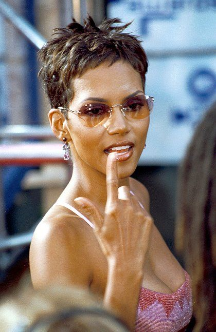 Halle Berry Short Hairstyles halle berry hairstyle side view of black pixie cut Best 25 Halle Berry Haircut Ideas On Pinterest Halle Berry Age Halle Berry Hair And Halle Berry Pixie