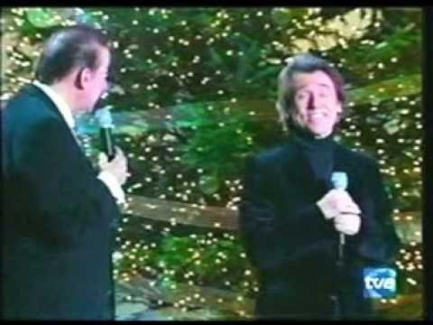 """RAPHAEL y Luis Aguile, """"Ven a mi casa esta navidad"""" [HQ] - www.raphaelfa..."""
