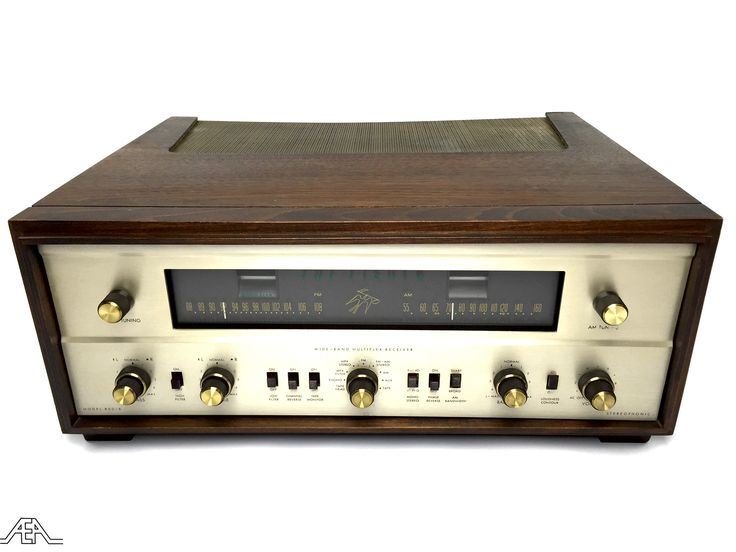 Beautiful restored Fisher 800-B stereo tuner and amplifier. www.aeaaudio.com #audiophile #tubeamp