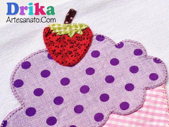 Pano de Prato com Cupcake em patch aplique e molde • Drika Artesanato - O seu Blog de Artesanato!
