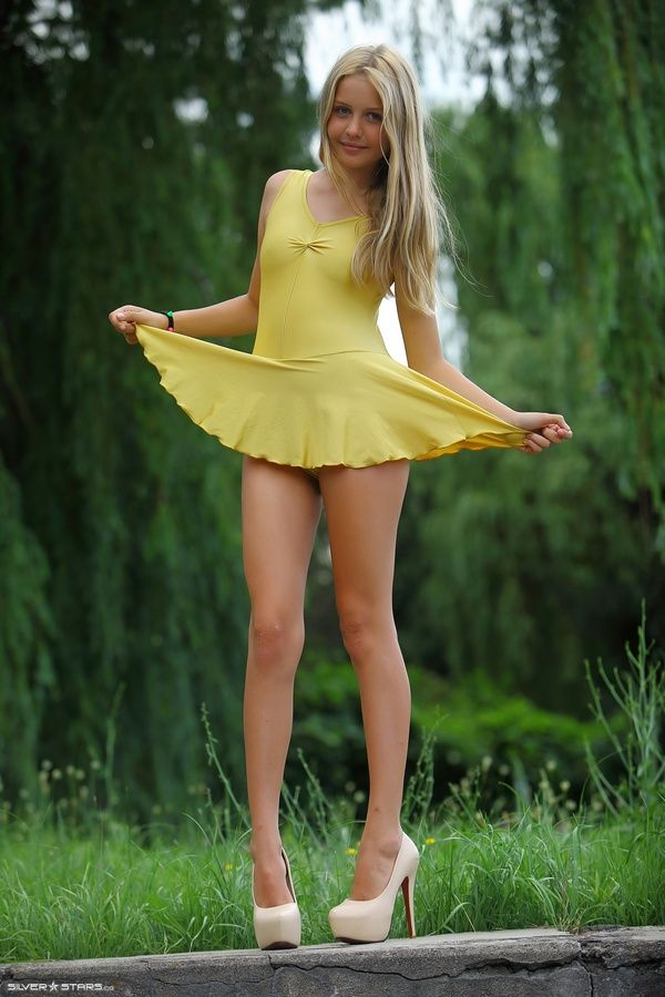 Cute teen chloe meets a guy on a dating site 3