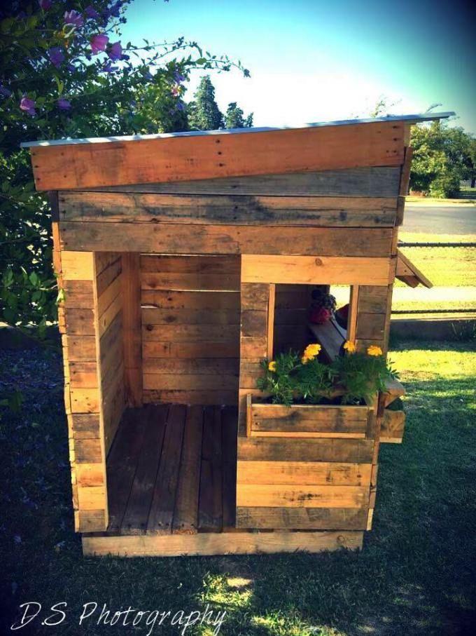 Upcycled pallet cubby houses made in australia spielhaus - Spielhaus aus paletten ...