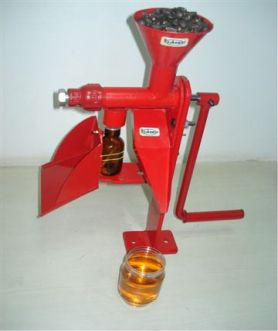 hand operated oil expeller ...135 US$