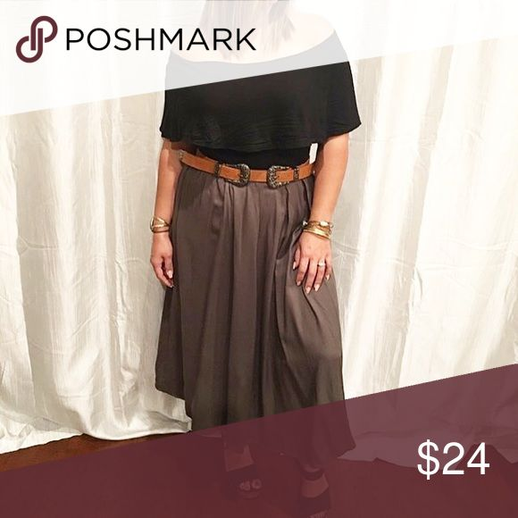 Olive Maxi skirt Paired the off shoulder bodysuit with these amazing Maxi skirts in Olive! By Painted Threads at Nordstrom, retails for $38 get it here for $24! 1 ea available in S,M, & L Skirts