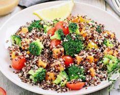 Salade végétalienne de quinoa au brocoli, patates douces et tomates : http://www.fourchette-et-bikini.fr/recettes/recettes-minceur/salade-vegetalienne-de-quinoa-au-brocoli-patates-douces-et-tomates.html