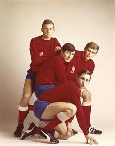 Ajax-footballplayers: Johan Cruijff, Piet Keizer, Sjaak Swart, Klaas Nuninga (1967) by Paul Huf (1924-2002)