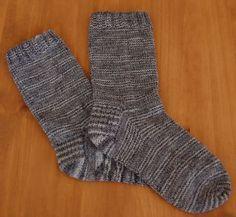 Les chaussettes de base du blog Mailles après mailles