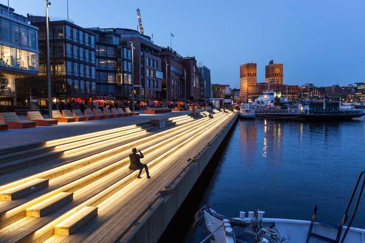 Waterfront promenade, Aker Brygge, Oslo, by LINK Landskap.