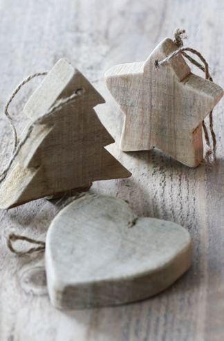 christmas-wood-ornament