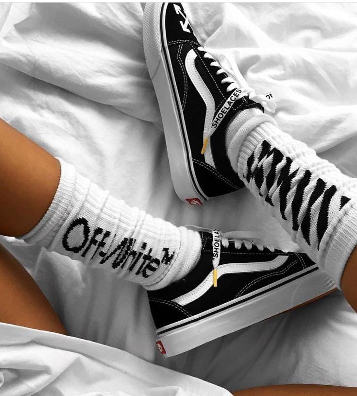 OFF WHITE AND VANS