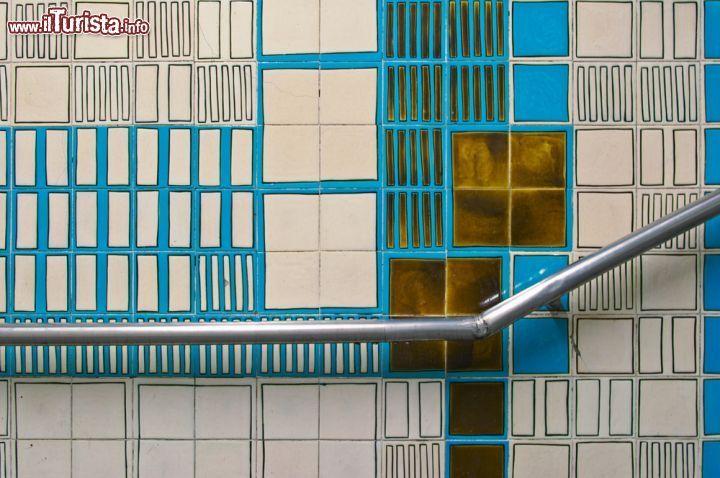 La metropolitana di Lisbona, una galleria d'arte sotterranea