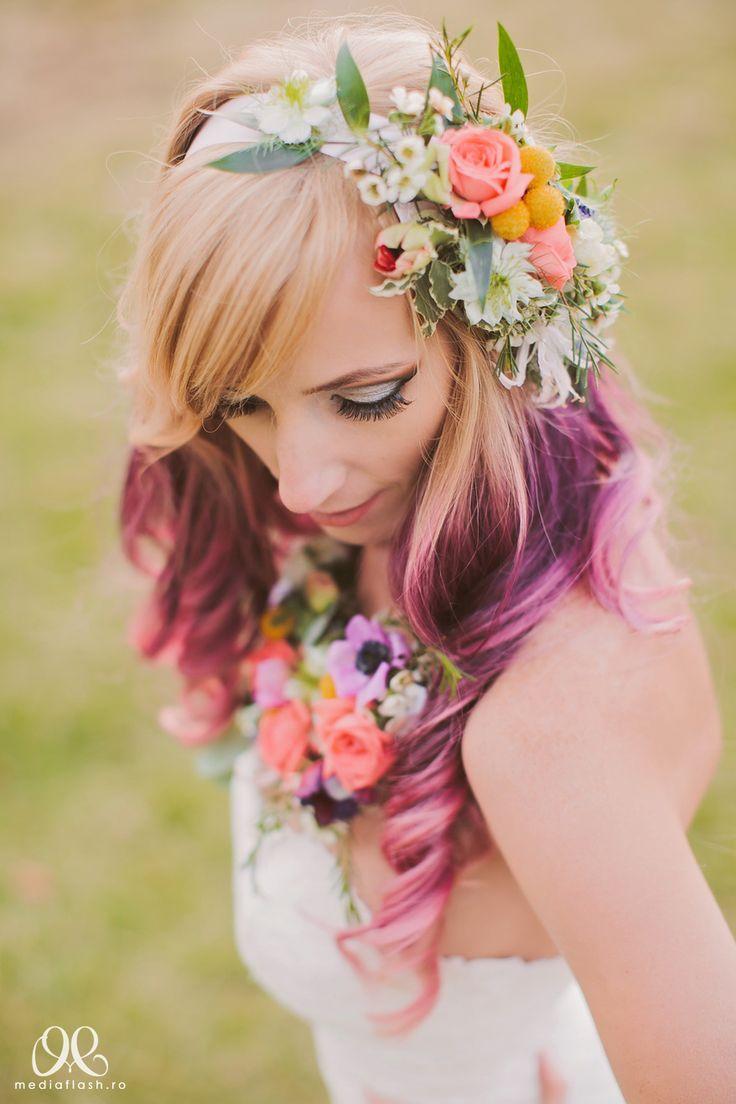 colier din flori si coronita