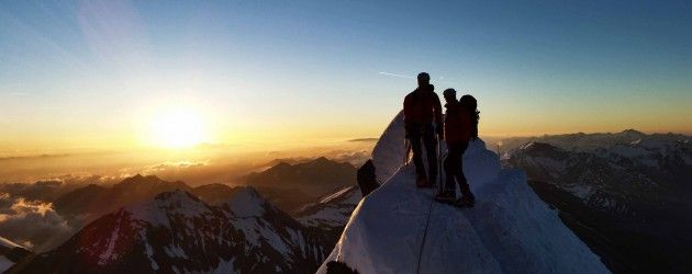 Sunrise on top of the Großglockner mountain (c) Kurt Müller #feelaustria