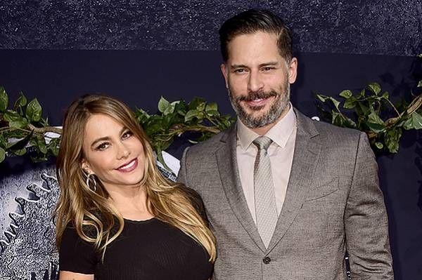 Согласно данным западной прессы, София Вергара и Джо Манганьелло начали рассылать приглашения на свою свадьбу, а это значит, что в ближайшие месяцы,