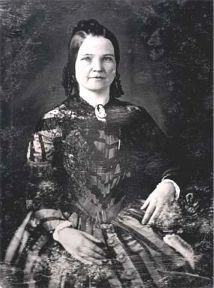 She would have to be crazy to go back to Springfield....Mary Todd Lincoln