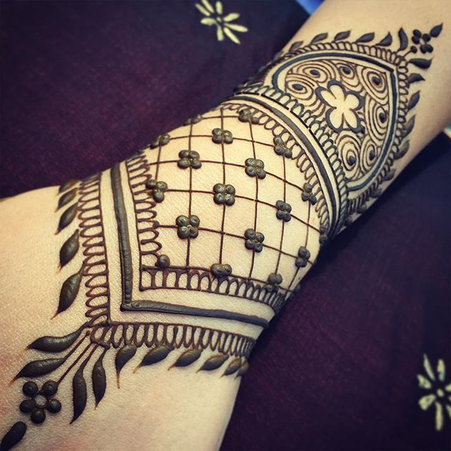 Henna Qaisar Designs Instagram : Best images about henna tattoo designs on pinterest