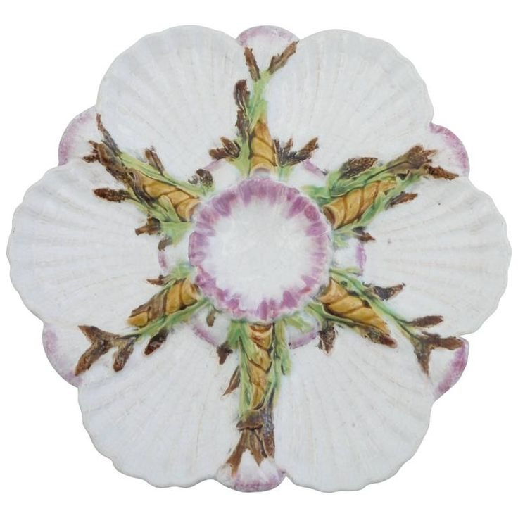 Majolica White Oyster Plate, George Jones, circa 1878 | From a unique collection of antique and modern dinner plates at https://www.1stdibs.com/furniture/dining-entertaining/dinner-plates/