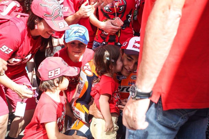 marquez girls Honda motogp team hails all the beautiful girls and hopes they will find one for marc marquez, the rookie extraordinaire for this sunday, at the qatar race.