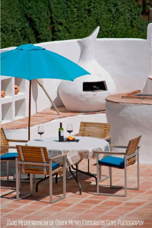 1000 images about terraces terrazas on pinterest for Decoracion de patios con piscina
