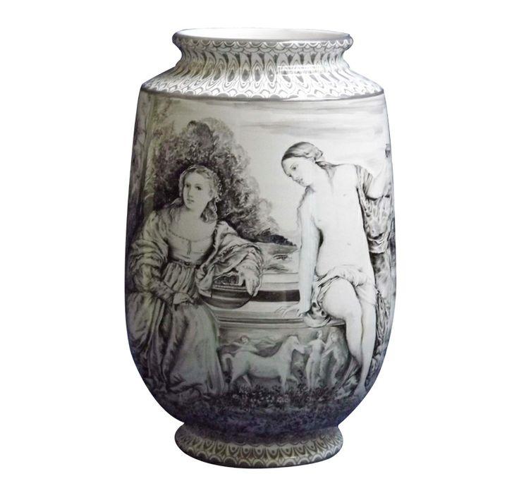 """Vaso in ceramica b/n - Tiziano """"Amore Sacro e Amor Profano""""di Giuseppe Liberati www.liberati.net www.liberartearti..."""