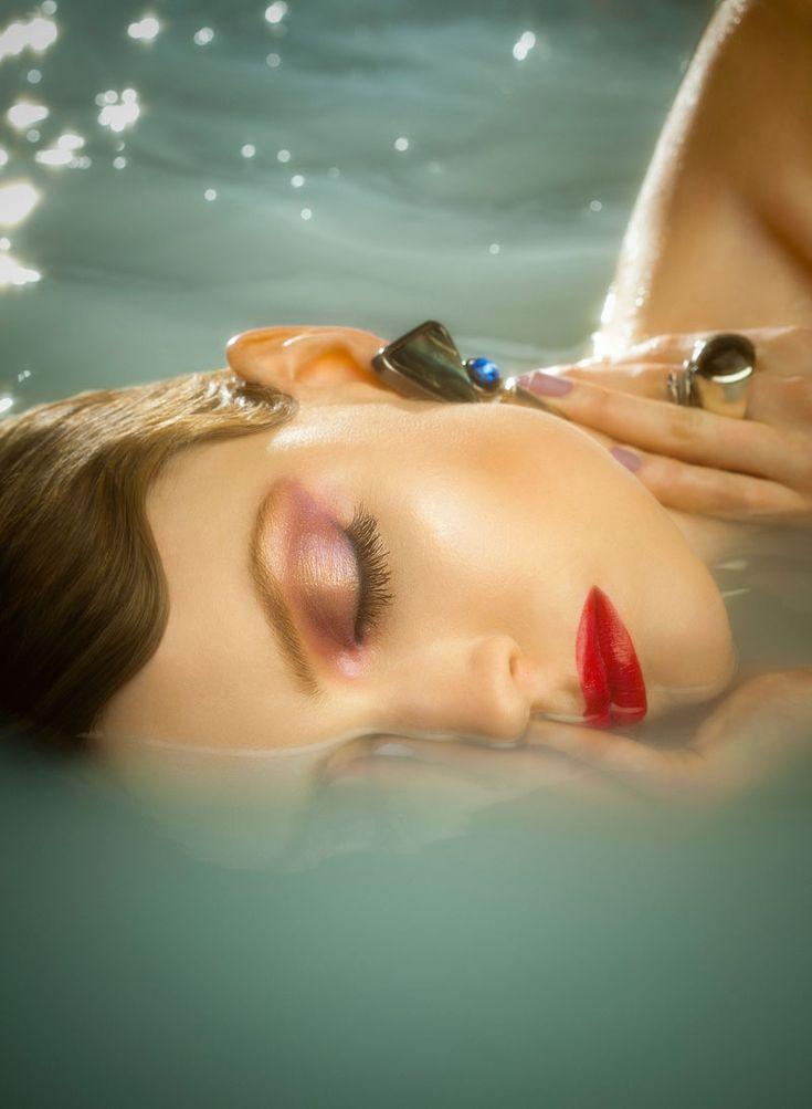 Deep Waters   Isabelle G   Shayne Laverdière #photography   Fashion Gone Rogue