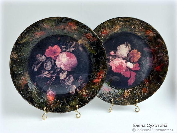 Купить Комплект интерьерных тарелок Розы Декупаж D-23 см - тарелка, черный, розы