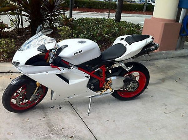 Ducati : Superbike Ducati 1098s 07 Full Termi Custom Paint Fully Serviced 1098 S 1199 848 1198 - http://www.legendaryfind.com/carsforsale/ducati-superbike-ducati-1098s-07-full-termi-custom-paint-fully-serviced-1098-s-1199-848-1198/