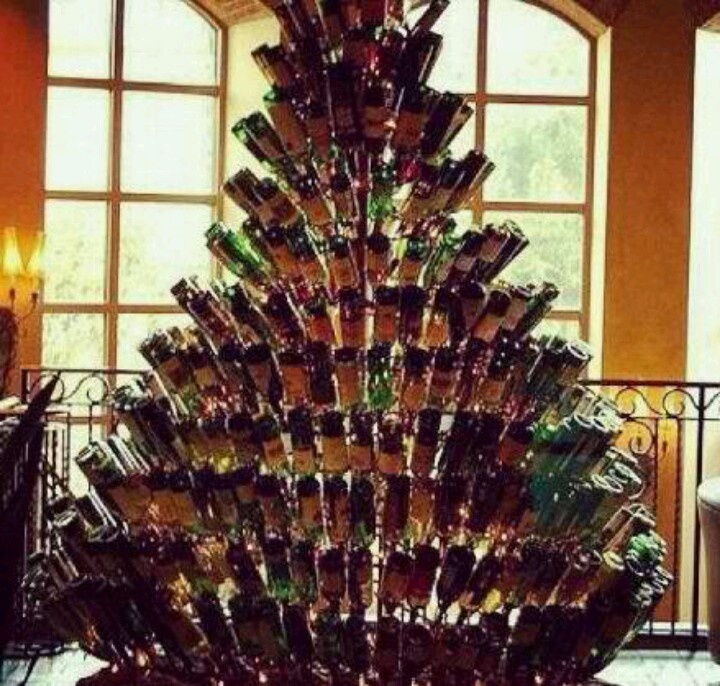 A wine Christmas tree! #sosvino @SOS Vino Srl