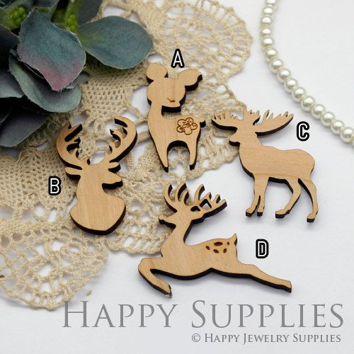 2Pcs Handmade Christmas Deer Wooden Charms / Pendants LC056