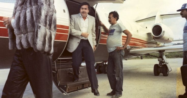 10 Shocking facts about Colombian drug Lord Pablo Escobar (With Pictures)