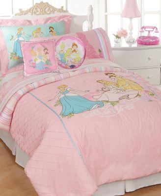 25 Best Ideas About Disney Princess Bedroom On Pinterest