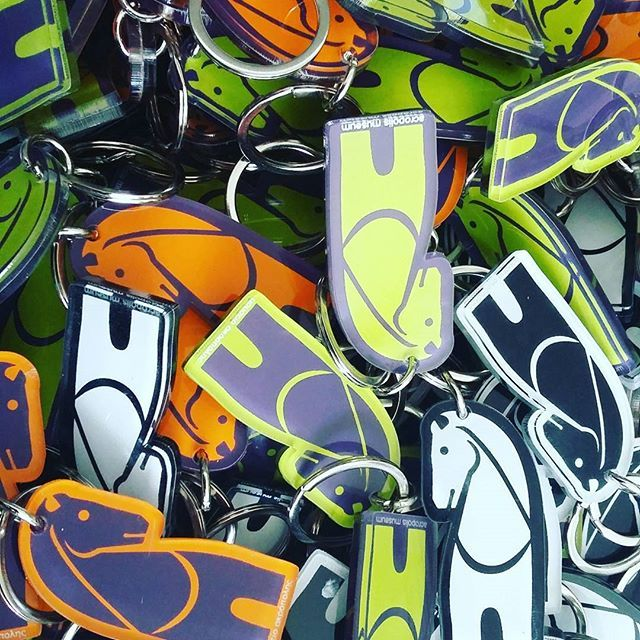 #horse #keychain #keyring #acropolismuseumshop #museumshop #museumstore #gift #screenprint #silkscreen #plexiglass #acrylic #greece  #art #souvenir #plexiartshop #picoftheday #photooftheday #greekdesigners #colors #orange #green #purple #black #white #madeingreece #productdesign #greece #graphicdesign #decorative #love them @plexiartshop