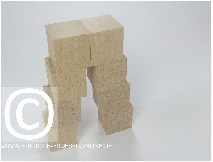 Gift 3 Froebel:  Doppelleiter, gebaut mit Holzbausteinen natur (mit Spielgaben nach Froebel)