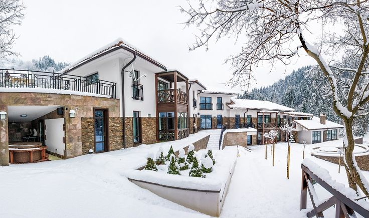 Villa Helia covered with snow