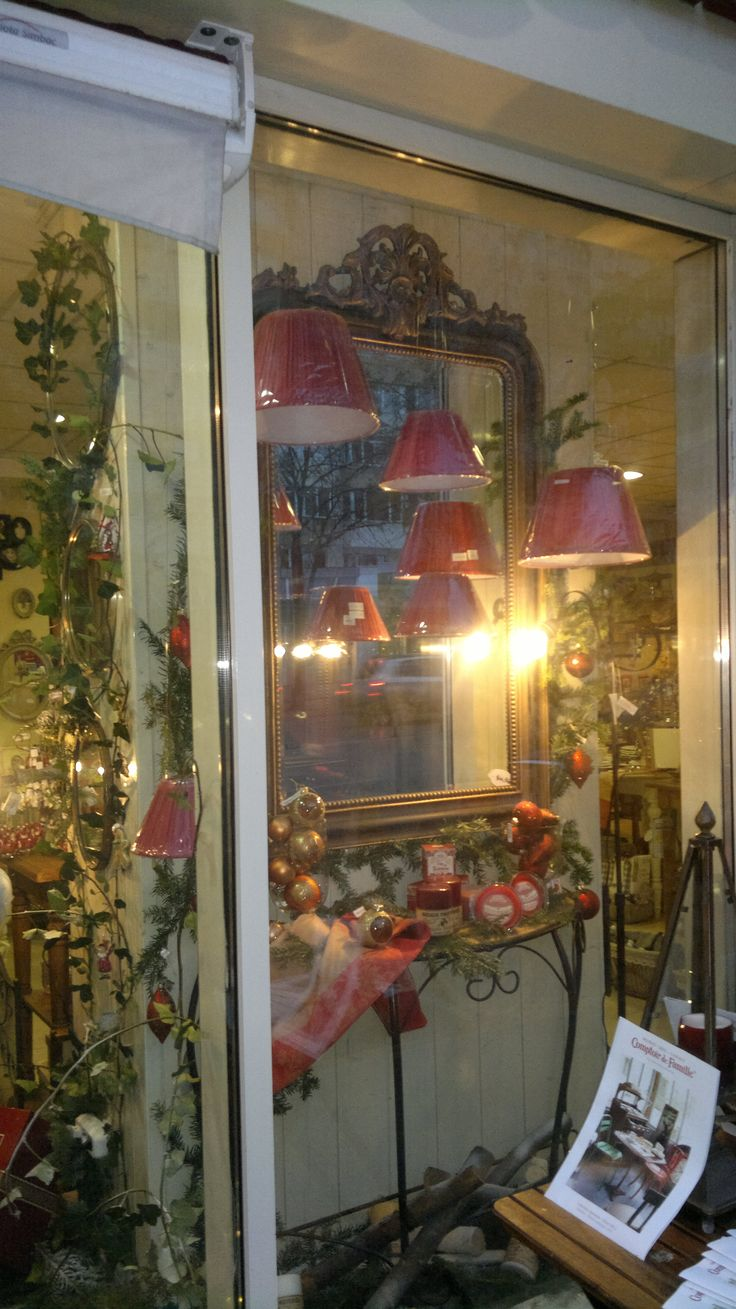 37 best images about window display on pinterest created - Comptoir de famille shop online ...